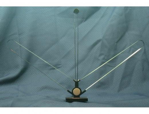 Magnum Dynalab SR-100 Antenna a dipolo da interno regolabile