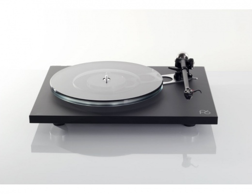 Rega Planar 6 Turntable with RB330 Tonearm