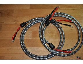 WireWorld Equinox 7 Speaker Cables (2.5 mt with Silver Bananas terminations) [2nd hand]