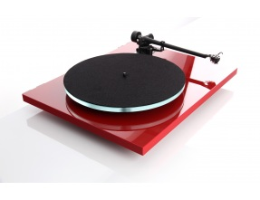Rega Planar 3 Turntable with RB330 Tonearm