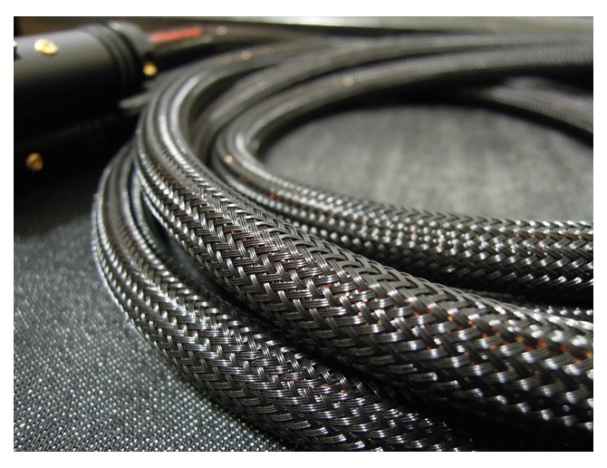 Acoustic Revive Csf 6 Carbon Shield Mesh Tube 6mm Playstereo