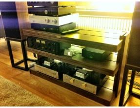 Guizu SWAV-3AL Pure wood double shelves A/V table