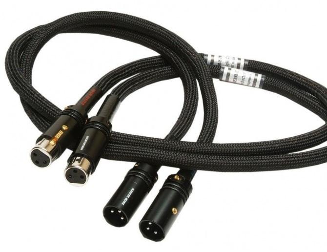 Acoustic Revive RCA-1.0 TripleC-FM Cavi di segnale
